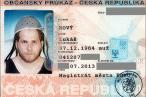 Lukas Novy er 'Pastafari' og tilhænger af Det Flyvende Spaghettimonsters Kirke. Myndighederne har netop godkendt at han bærer dørslag som hovedbeklædning på ID-kortet