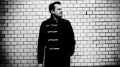 Peter Sommer behandler sin skilsmisse med sanger-sangskriveren Lise Westzynthius på sin nye plade ' Alt forladt'.