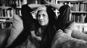 Susan Sontag var et feteret venstrefløjsikon og talte for en nedbrydning af skellet mellem elite- og massekultur. Dette billede er taget i 1995. Billedet på forsiden af BØGER er fra 1979.