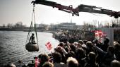 I anledning af verdensudstillingen EXPO 2010 blev den lille havfrue flyttet fra Langelinie til Shanghai. Kinas udenrigsminister, Wang Yi, har sagt, at hans lands strategiske samarbejde med Danmark blandt andet bunder i stor kinesisk imødekommenhed over for dansk kultur, ikke mindst H.C. Andersen.