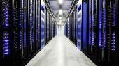 Selv om Facebook har meldt ud, at det nye datacenter, der skal bygges på Fyn, ønsker at bruge 100 procent vedvarende energi, så erkender regeringen, at datacentrene vil medføre en øget udledning af CO2, 'fordi vores elproduktion endnu ikke er fuldstændig grøn'.