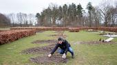 En af de familier, der indtil videre kan blive i Danmark, er syriske Mohamed Aljundi og hans kone Safa og parrets to små drenge Adam og Abdallah. Hvis den familie sendes retur til Grækenland, kommer de til at efterlade en grav med to døde tvillingepiger på en kirkegård i Odense