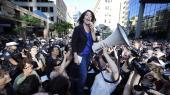 I 2010 talte Naomi Klein til 3.000 mennesker foran politihovedkvarteret iToronto i protest mod anholdelserne under G20-topmødet i byen. Klein er aktuel med en ny bog, 'Nej er ikke nok', hvor hun analyserer Trumps helt personlige tilegnelse af chokdoktrinen og opfordrer til samling på en venstrefløj, der er splittet af enkeltsager.