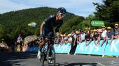 Den colombianske superstjerne Quintana kæmper sig over målstregen på Tourens første bjergetape i onsdags.