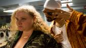 Patti (Danielle Macdonald) og hendes ven, Jheri (Siddharth Dhananjay), har store drømme om at slå igennem som rappere i Geremy Jaspers spillefilmdebut, 'Patti Cake$'.