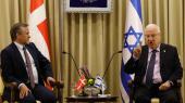 Kort efter Anders Samuelsens besøg i Israel i foråret 2017 hos blandt andre præsident Reuven Rivlin iværksatte Udenrigsministeriet efter israelsk opfordring en undersøgelse af de 24 organisationer, Danmark yder bistand til i Israel og Palæstina.