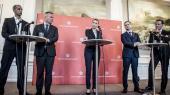 Udlændingeordfører Mattias Tesfaye fortæller til Information, at han læste Det europæiske forår, mens Socialdemokratiet diskuterede, hvordan asyludspillet skulle se ud.'Det europæiske forår' er en fremragende bog,' siger han.