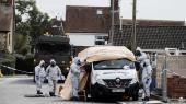De britiske myndigheder beslaglægger en varevogn i Salisbury, hvor den tidligere russiske agent Sergej Skripal og dennes datter blev forgiftet med nervegas den 4. marts.
