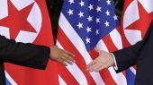 Kritikken af topmødet i Singapore retter sig dels mod den fælleserklæring, de to ledere underskrev, og dels mod præsident Trumps løfte på pressekonferencen om at indstille USA's og Sydkoreas halvårlige militærøvelser uden at opnå en tilsvarende modydelse fra Kim Jong-un.