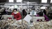 USA truer med at forhøje toldsatsen på en række kinesiske varer fra 10 til 25 procent. Og Kina får svært ved at gengælde – Kina importerer nemlig færre varer fra USA end omvendt.
