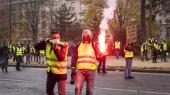 89.000 betjente er sat i beredskab i Frankrig, hvor de voldsomme uroligheder ventes at tage til i weekenden. Imens er højreradikale kræfter ved at overtage styringen med protestbevægelsen De Gule Veste, advarer en af 1968-ungdomsoprørets frontfigurer