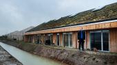Morten Østergaard på besøg hos det bæredygtige boligbyggeri Lensmarken i Faaborg-Midtfyn Kommune. De Radikale vil bl.a. halvere CO2-aftrykket fra nybyggeri i 2030 ved at satse meget mere på træbyggeri.