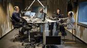 Lise Nørgaard i studiet hos Michael Jeppesen på Radio24syv.