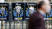 EU's præsident, Donald Tusk, meldte fredag ud, at man vil tilbyde briterne en såkaldt Flextension. Det vil sige en udsættelse af Brexit – formodentlig i et år – men med mulighed for, at briterne kan forlade EU, så snart en skilsmisseaftale er på plads.