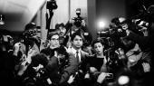 Den canadiske tv-vært Jian Ghomeshi blev i 2016 anklaget for at have begået fire seksuelle overgreb, ligesom han ved et tilfælde var blevet anklaget for at have taget kvælertag på et offer.