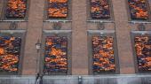 Skandinavisk Motor Co. A/S (SMC) fotograferede en ny orangefarvet Polo foran Ai Weiweis kunstinstallation 'Soleil Levant' i indre København og brugte fotografiet – hvor kunstinstallationen fyldte en betragtelig del – som reklame for den nye bilmodel.