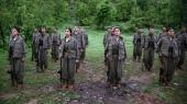 PKK-styrker i byen Dohuk i det nordlige Irak i 2013. PKK har i årevis stået på EU terroliste, og nu beskylder den tyrkiske tænketank SETA en række navngivne danskere politikere for at have ytret sympati for PKK.
