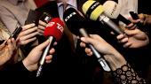 Journalister bliver stadig uddannet med det formål atskulle ansættes på en redaktion og lave journalistik for en avis, et magasin, radio eller tv. Problemet er, at mediebranchen er blevet totalt forandret, og det rejser det ubehagelige spørgsmål, om den traditionelle definition af journalistik kan bruges i den nye medieverden, skriver Lasse Jensen.