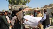 Mindst 40 mennesker er dræbt ved et bryllup, da amerikanskstøttede regeringsstyrker bombede Taleban-krigere, der holdt til i bygningen ved siden af.