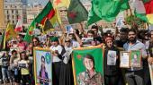 Demonstration i Beirut efter drabet på den den kurdiske politiske leder Hevrin Khalaf, der angiveligt blev begået af tyrkisk støttede tropper.