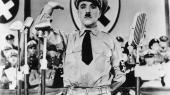 Allerede i 1940 gjorde Charlie Chaplin tykt grin med Hitler i filmen 'Diktatoren'.