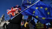 Den nu historisk splittede østat Storbritannien skal efter 47 års stadigt tættere samarbejde med kontinentet finde sine egne ben i en uvis fremtid, der ikke bliver mindre uvis af, at vi faktisk stadig ikke rigtig kender Boris Johnsons planer for det EU-frie Storbritannien.