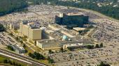 Torsdag aften kunne DR og Weekendavisen fortælle, at sagens kerne angiveligt er et samarbejde mellem FE og den amerikanske efterretningstjeneste NSA om tapning af fiberkabler. Her ses NSA's hovedkvarter i Maryland, USA.