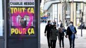 Det franske satiremagasin Charlie Hebdo genoptrykte forledende 12 oprindelige danske Muhammed-tegninger.Forsiden af magasinet kan ses som plakat i Paris, mens Jyllands-Posten har afvist at lade satiremagasinet genoptrykke den oprindelige avisside.