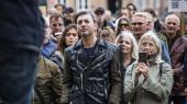 Én ud af ti danskere svarer 'nej' og to ud af ti 'ved ikke' på spørgsmålet om, hvorvidt de vil lade sig vaccinere mod corona. Her en demonstration under overskriften 'Fællesskab for frihed', afholdt af Frihedsbevægelsens Fællesråd og Foreningen Nej Til Tvangsvacciner på Christiansborg Slotsplads den 26. september 2020.