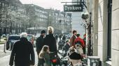 Vesterbro er et markant eksempel på, at andelen af beboere fra arbejderklassen er skrumpet, mens andelen af beboere fra overklassen eller den højere middelklasse i samme periode er vokset.