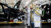 Pluginhybrider udleder syv gange så meget CO2 som normale elbiler, viser undersøgelser. De store skatterabatter til pluginhybriderne er derfor »både klimamæssigt og økonomisk en dårlig investering«, mener eksperter.