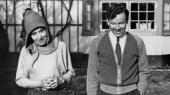 Ifølge to af de involveredes efterkommere rummer filmen 'Pagten' om Karen Blixen og Thorkild Bjørnvig elementer af sandhed, mens den ifølge en Blixen-forfatter snarere promoverer en løgn. »I fiktionen har man kun et ansvar for at lyve i overensstemmelse med sandheden,« siger manuskriptforfatter Christian Torpe