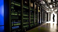 En af Informations faste læsere, programmør Lars Andersen, har henledt vores opmærksomhed på et interessant regnestykke: 170 danske computernetværk er potentielt kontrolleret af den amerikanske sikkerhedstjeneste. Se regnestykket i dagens indlæg