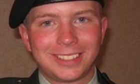 Nobelprismodtagere støtter Bradley Manning - bradley_manning_ap_img_0