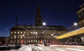 Gardinerne bliver ikke rullet ned på Slotsholmen, skriver justitsminister Morten Bødskov om den nye offentlighedslov: 'Det nye lovforslag udbygger åbenheden og gennemsigtigheden i den offentlige forvaltning.'