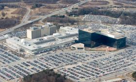 Den amerikanske efterretningstjeneste NSA, hvos hovedkvarter ses på billedet, har adgang til personoplysninger i selskaber som Microsoft, Google, Apple, Facebook, Skype og YouTube. Foto: Scanpix
