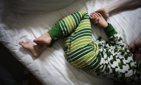 Der gik lang tid, før Dorthe fandt ud af, at sønnen Frederik lider af en meget sjælden form for epilepsi, der ikke findes tilfredsstillende behandling for. På nettet har hun fundet beretninger om, at en bestemt form for medicinsk cannabis kunne være en mulighed, og én gang har hun afprøvet det på sin dreng og blev imponeret af resultatet. Dorthe har fået en bekendt til at dyrke den særlige form for cannabis, som hun kan afprøve til efteråret. (Modelfoto)