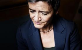 Verden er ved at rejse sig fra de seneste fem års økonomiske krise, og det er en påmindelse til Danmark om at blive mere konkurrencedygtigt ved blandt andet at øge produktiviteten, siger den radikale leder Margrethe Vestager