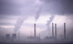 FN's konsensusdemokrati har spillet fallit, så nu er det op til nationale politikere, erhvervsliv og civilsamfund at vise handlekraft, hvis den globale opvarmning skal holdes under smertegrænsen på to grader. Det siger to danske medlemmer af FN's klimapanel, IPCC. Foto: Scanpix
