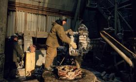 I vinteren 2009 stoppede Gazprom tilførslen af gas til Ukraines gasselskab Naftogaz i forbindelse med en uenighed om prisniveauet og Ukraines betaling af udestående gæld. Blokaden medførte et drastisk fald i EU's gasforsyning, især i Sydeuropa, idet rørledningerne løber gennem Ukraine. I dag ville konsekvenserne af et stop ikke være de samme.