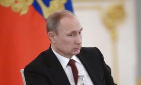 Paranoide ledere har undertiden virkelige fjender. NATO's adfærd siden Sovjetunionens sammenbrud har fra Moskvas synsvinkel være forræderisk og aggressiv. Det kræver ingen fantasi ud over det sædvanlige at opfatte EU's seneste politik over for Ukraine som en fortsættelse af samme politik