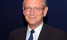 Nick Witney er sikkerhedspolitisk senioranalytiker ved tænketanken European Council on Foreign Relations. Witney var den første chef for Det Europæiske Forsvarsagentur i Bruxelles og har tidligere fungeret som rådgiver for den britiske ambassadør i USA