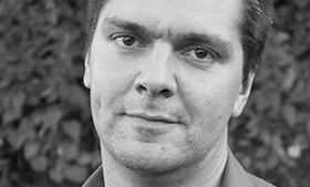 Politikerne skylder en række svar, mener Peter Lauritsen, overvågningsforsker ved Aarhus Universitet