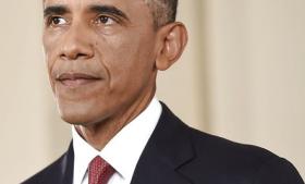 En af Syriens største oprørsgrupper har mistet det meste af sin ledelse i et voldsomt bombeangreb. Barack Obama lover, at USA vil optrappe sin støtte til landets moderate oppositionskrigere. Udenrigsminister Martin Lidegaard bakker op, men har ingen planer om, at Danmark skal levere våben