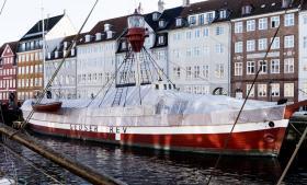 Gedser Rev er et dansk fyrskib, der mellem 1962 og 1972 var stationeret omkring 17 kilometer fra den østtyske kyst. I den periode  lykkedes det skibets tidligere kaptajn Niels Gärtig at hale mindst 50 østtyskere op fra Østersøen.
