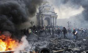 'Ingen har været så stærkt proeuropæiske som de ukrainere, der forsamlede sig på Maidan-pladsen i minus tyve graders kulde. Ser man på Italien, Frankrig og Tyskland, findes der ingen tilsvarende eksempler,' mener den polske tænker Slawomir Sierakowski.