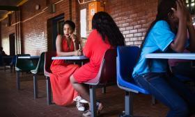 De studerende på Venda Universitet får en universitetsud dannelse, der skal give mening lokalt i de fattige og landlige områder, såvel som i resten af verden.