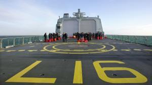 Forsvarskommandoen var betænkelig ved den måde, 10 formodede somaliske pirater i september blev frigivet fra det danske skib Absalon.