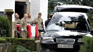 Danmarks krigsdeltagelse og det nære forhold til USA har været en stor fordel for Anders Fogh Rasmussen i kampen om NATO's toppost. Men næppe det afgørende, siger eksperter