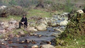Ved Karolitskhali-floden, ca. 1907-1915
